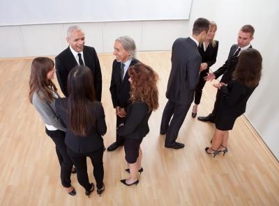 כיצד ההסחות הדעת משפיעות על מקום העבודה