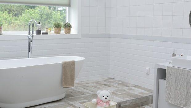 איך בוחרים שיש לאמבטיה