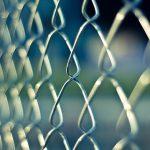נשארים על הצד הבטוח: אביזרי בטיחות למוסדות
