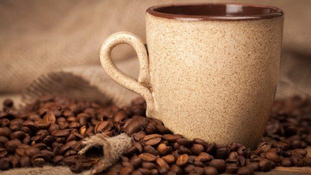 למה אנו רוצים דברים מתוקים לצד הקפה