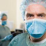 איך בוחרים מנתח פלסטי?